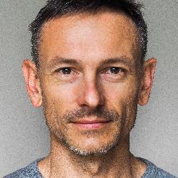 M. Loïc  VERNAY